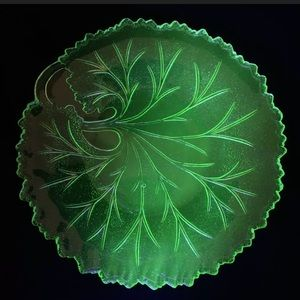 Vintage Uranium Cabbage Glass Plate Country Rustic